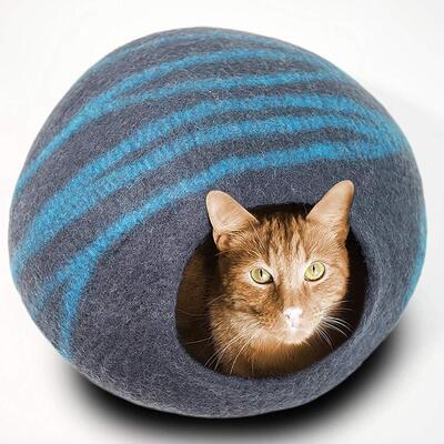 MEOWFIA Organic Merino Wool and Handmade Large Cat Bed