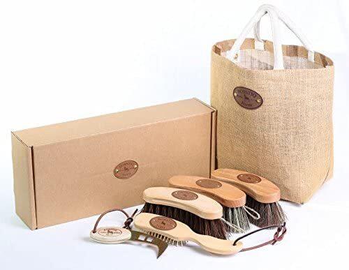 Luxury Horses Grooming Kit by Borstiq Banana